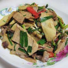 蒜香笋肉片