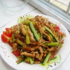 黄瓜炒黄花菜的做法
