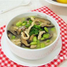 鸡肉蘑菇毛豆汤