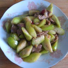 丝瓜炒肉片