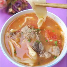 番茄排骨面片汤的做法