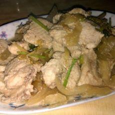 咸菜炒鲨鱼肉