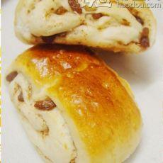 肉桂葡萄干面包的做法