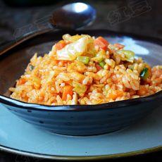 韩式辣白菜炒饭的做法