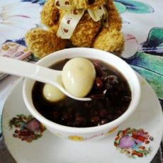 薏米赤小豆鹌鹑蛋糖水的做法