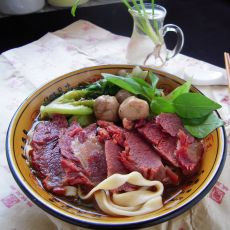 蔬菜牛肉面的做法