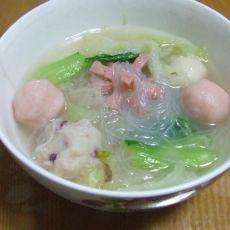 鱼丸蔬菜汤
