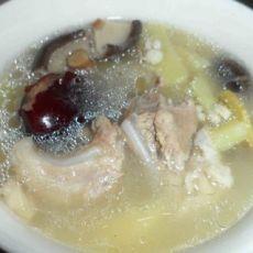 薏米香薯猪骨汤的做法
