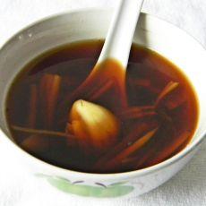 蒜块姜丝糖水