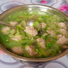 丝瓜丸子汤的做法