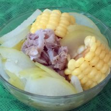 玉米冬瓜棒骨汤