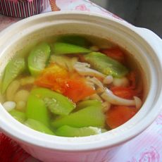 丝瓜番茄白玉菌菇汤
