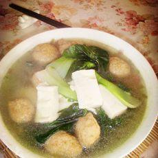 黑菜豆腐肉丸子汤的做法