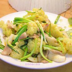 蘑菇炒菜花的做法