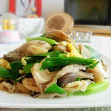 蘑菇青蒜炒蛋的做法