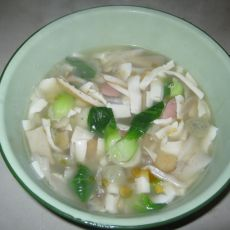 豆腐丸子蘑菇汤