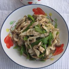 尖椒炒蘑菇的做法