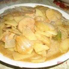 土豆片炒蘑菇的做法