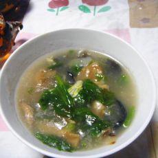 芹菜叶菌类汤