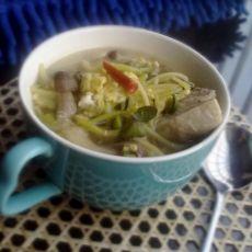 豆芽蘑菇汤