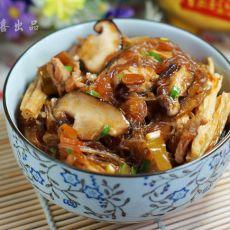 鲜菇腐竹粉丝煲