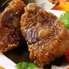 莲子猪肉蛋黄粽子
