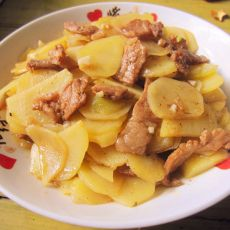 猪肉烧土豆片的做法