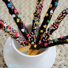 巧克力手指饼干的做法
