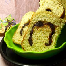 蜂蜜豆沙卷面包