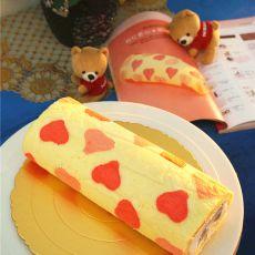 粉红爱心彩绘蛋糕卷