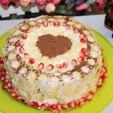 石榴杏仁装饰蛋糕