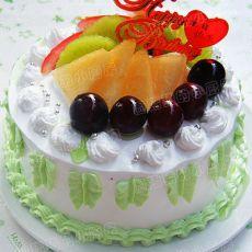 水果奶油装饰蛋糕