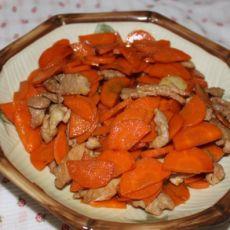 猪肉炒红萝卜