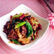 酸菜蒜苗炒肉