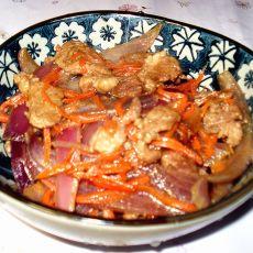胡萝卜洋葱烧羊肉