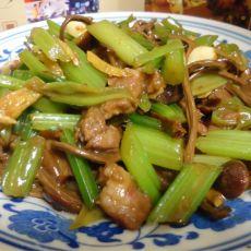 芹菜茶树菇炒牛肉