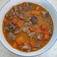 番茄牛肉炖胡萝卜的做法