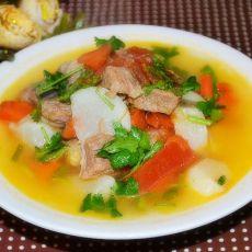 西红柿牛肉萝卜汤
