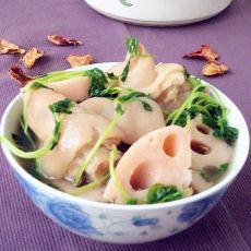 鲜藕豆苗猪蹄汤的做法