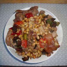 黄豆花生炖猪蹄的做法