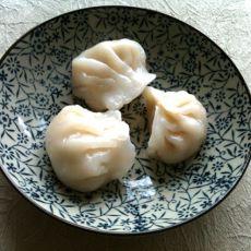 晶莹剔透的广式虾饺