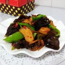 尖椒木耳回锅肉的做法
