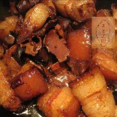 香菇脚红烧肉
