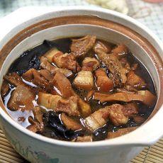 笋干炖肉的做法