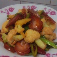 椰菜花炒腊肉