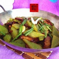 干锅莴笋腊肉的做法