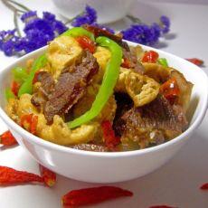腊肉煮爆豆腐