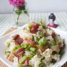 腊味豇豆焖饭