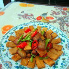 豆腐片炒腊肉的做法