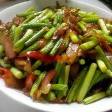 红椒蒜薹炒腊肉